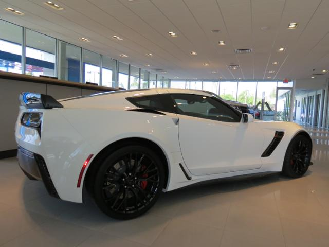 2018 chevrolet corvette z06. Fine Z06 New 2018 Chevrolet Corvette Z06 3LZ To Chevrolet Corvette Z06 E