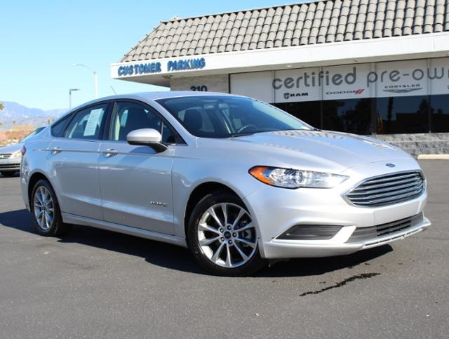 Pre Owned 2017 Ford Fusion Hybrid Se 4d Sedan In Redlands 1 9142pr Rh Tombellautogroup Com Gas Mileage Oil